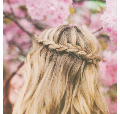 4 Hairstyles Perfect for Hot-Weather Days
