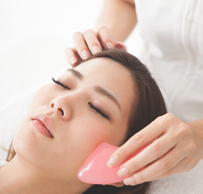 Gua Sha: How This Ancient Technique Can Improve Your Skincare Routine