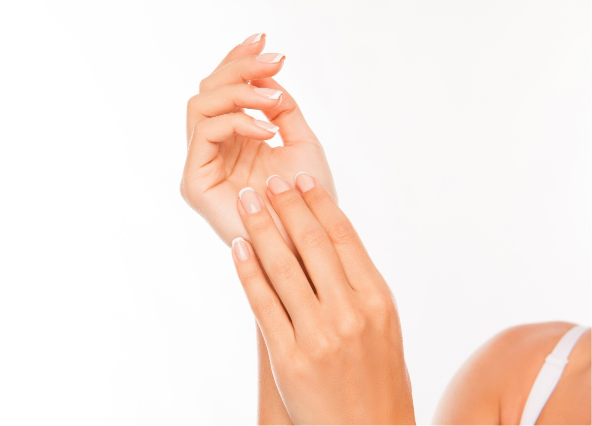 Clever ways to keep hands smooth in winter