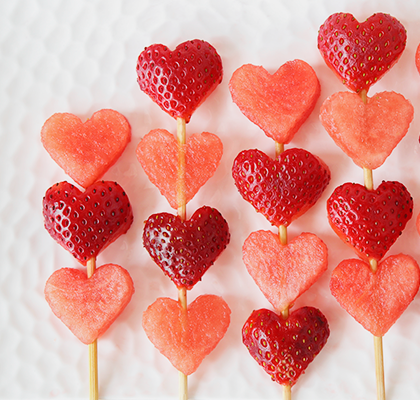 Healthy Valentine's Day treats using fruits